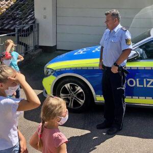 Besuch bei der Polizei -AUSGEBUCHT-